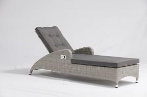 Fashion Design Outdoor LAGEN Alum. Rattan Air Pump Sun Loungers With Cushions